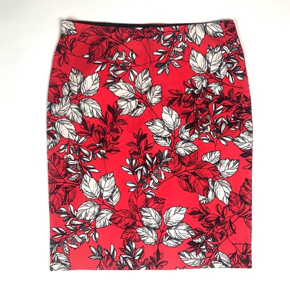 Ann Taylor Dresses & Skirts - Ann Taylor size Large stretch Floral Pencil Skirt